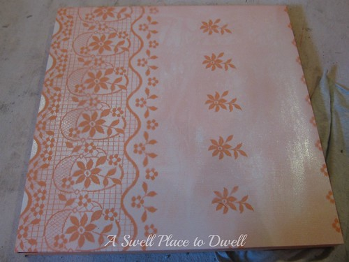 Table wtih Lace Paint ASPTD