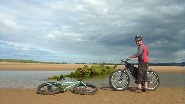 Pugsley and Coastkid at Aberlady Bay subs.