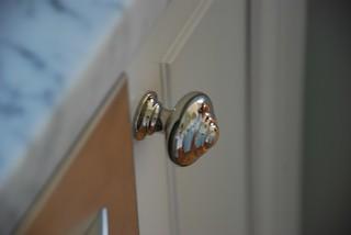 knob detail