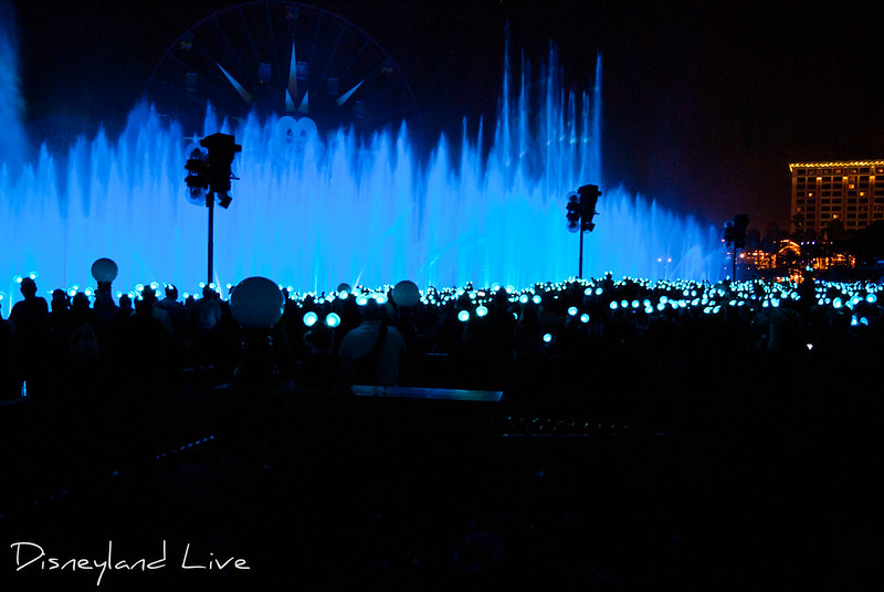 World of Color, Glow with the Show Annual Passholder Event - Disney California Adventure