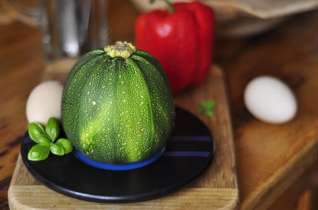 Stuffed round  zucchini 0