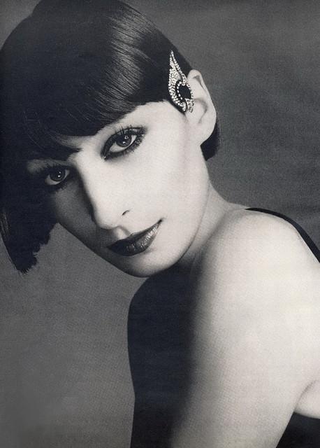 Anjelica Huston - Richard Avedon - Vogue 1970