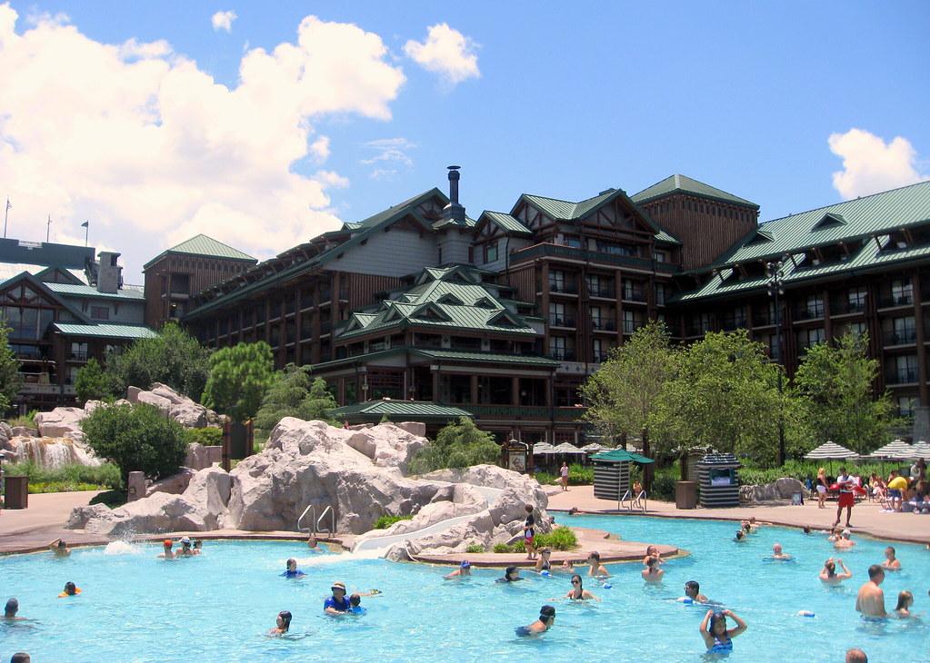 Walt Disney World - Disney's Wilderness Lodge - Silver Creek Springs Pool