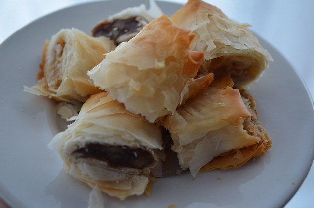 inside sweet phyllo