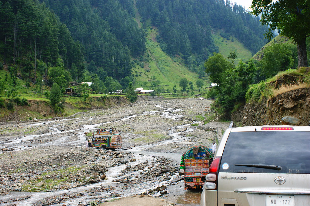"""MJC Summer 2012 Excursion to Neelum Valley with the great """"LIBRA"""" and Co - 7641935800 c347931967 b"""