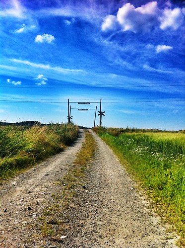 blue summer landscape sweden country bluesky countryroads iphone4 100commentgroup peternyhlén mygearandme snapseed