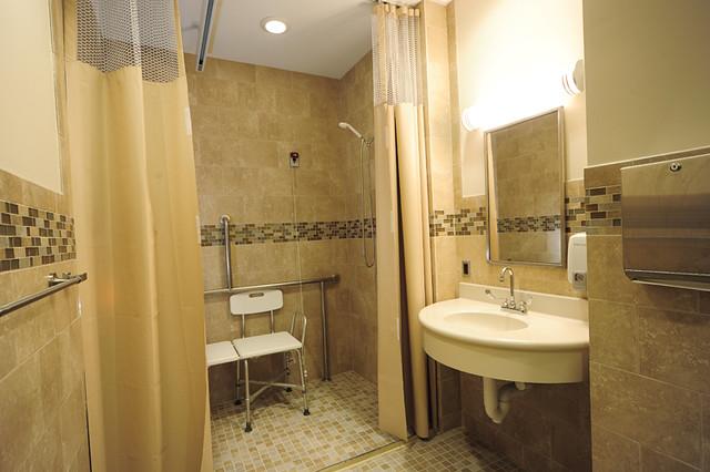 bariatric private patient bathroom alternate view