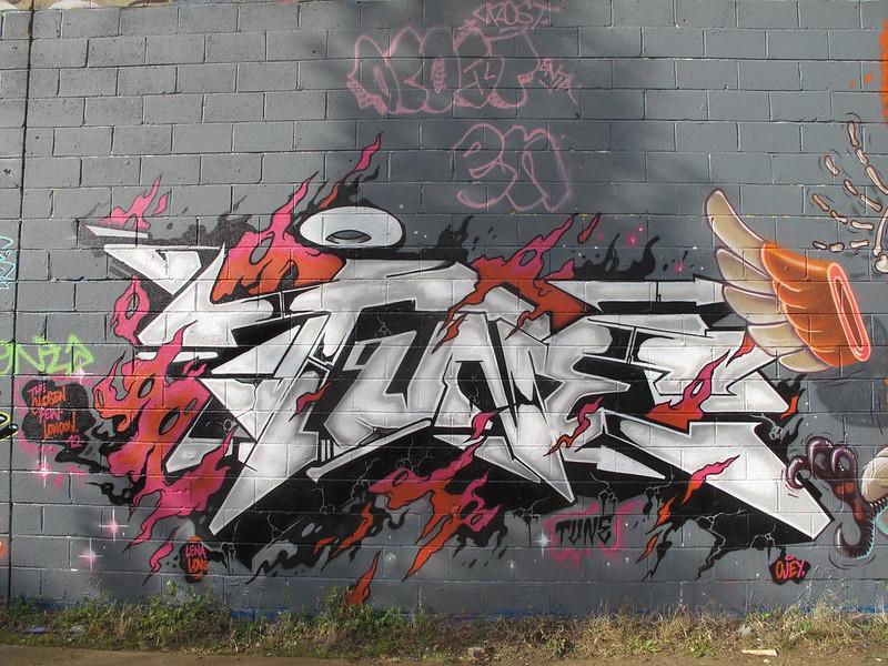 Tune graffiti