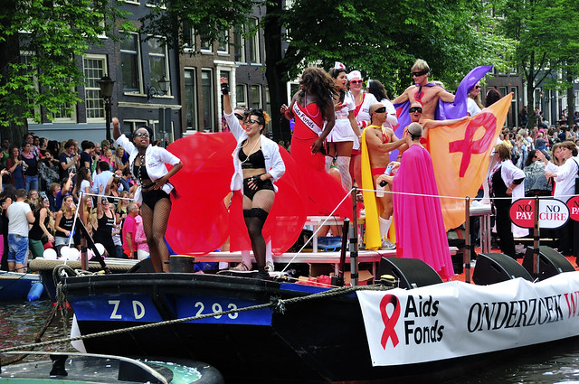 Gay parade Aids Fonds boot, Amsterdam 2012
