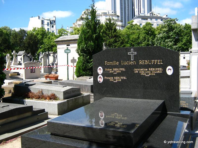 Family grave