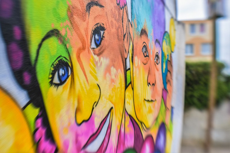 Evry Daily Photo - Fresque Murale Evry Les epinettes - Garderie Les Galipettes