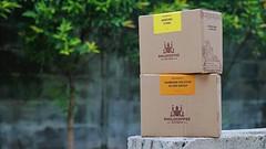 Minggu ini ada dua kopi dari wilayah Sunda terbaru dalam jajaran kopi kami: Bandung Utara dan Bandung Selatan Giling Basah. . Kopi beras seperti biasa diolah oleh kawan-kawan Kopi Florist. . #KopiSunda #KopiIndonesia #KopiSeduhManual #Philocoffee
