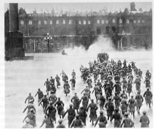 foto-1917_palacio_de_invierno