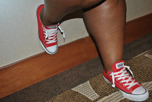 chick in kicks converse