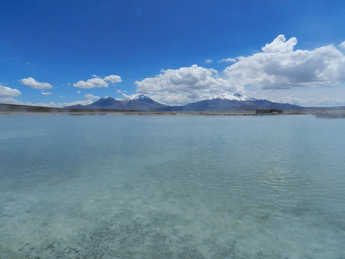 chile andes hotspring salar altiplano springwater termas salardesurire regióndearicayparinacota termasdepolloquere