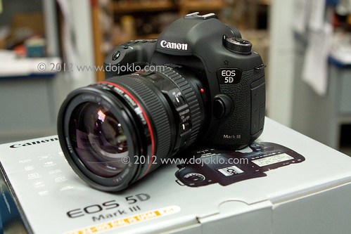 Canon 5D Mark III mk 3 EOS unbox unboxing package box