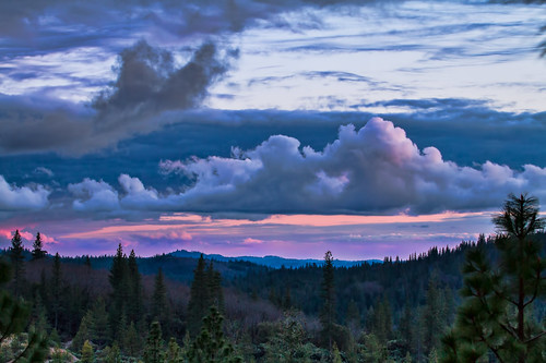 sunset mountains northerncalifornia clouds landscape nationalgeographic nevadacounty sierranevadarange nevadacityca mountainscene canon70200mmf28lis cascadeshores canon7d topazsoftware lightroom4