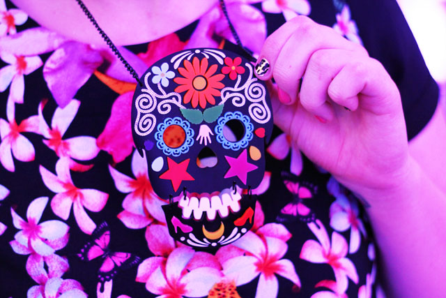 tatty devine skull necklace