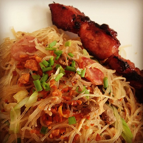 Hubby's request granted - Pancit Bihon and BBQ for merienda