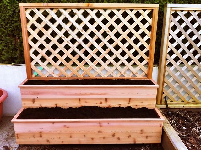 2-tiered 2x5 feet