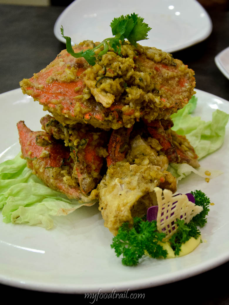 Long Beach Restaurant Singapore - Salted egg yolk crab