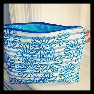 striped scruffy wash bag