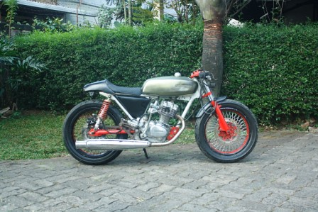 Honda GL rasa Tiger Cafe Racer by Axial Showroom