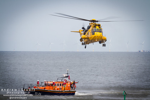 Seaking and RNLB Lifeboats Search and Rescue Exercise
