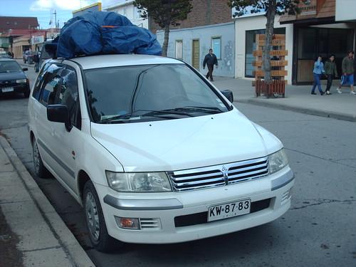 Mitsubishi Chariot Grandis - Puerto Natales