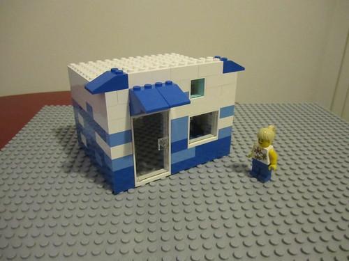8 House III