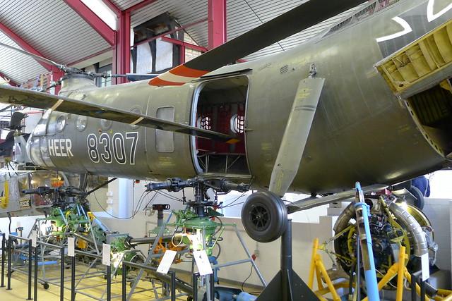Piasecki H-21 und Rotorgetriebe