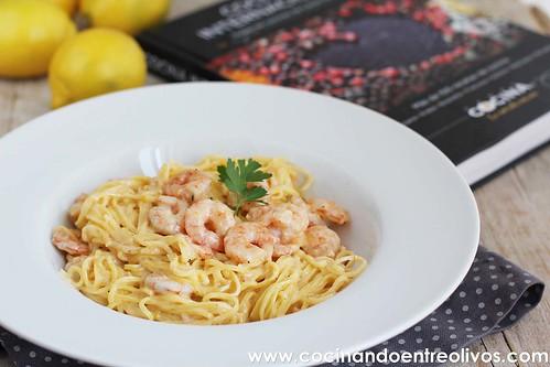Pasta con gambas, mascarpone y limón www.cocinandoentreolivos (9)