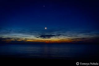 月と星と海と夜明け