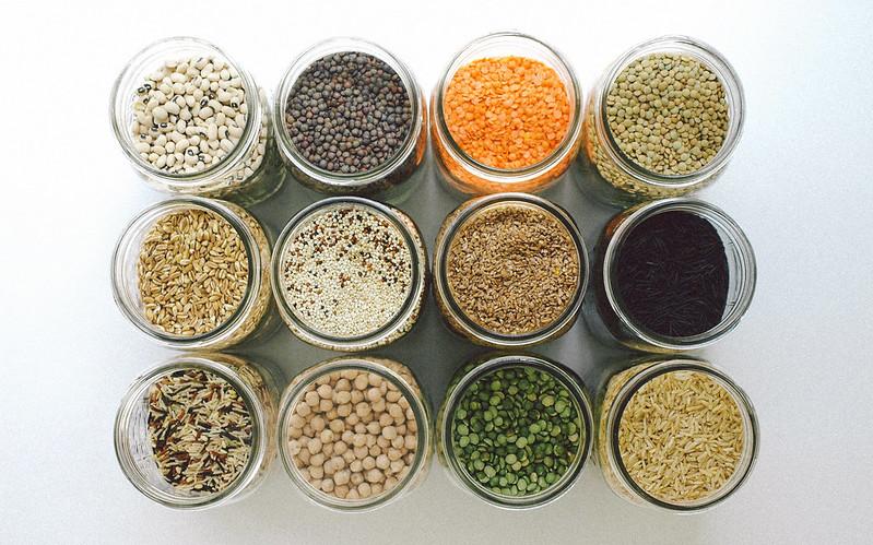 Kitchen Essentials my pantry & kitchen essentials - the simple veganista