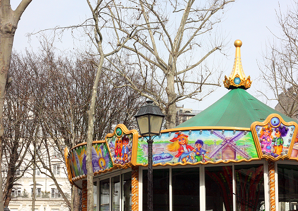 paris, montmartre, carousel, trip to paris, טיול לפריז, מונמרטר, קרוסלה