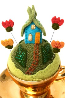 tiny world fairy house- gold