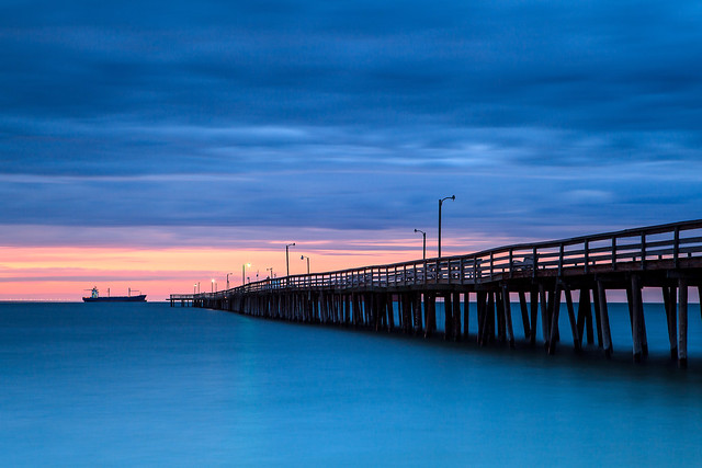 Sunset At The Lynnhaven Fish House Pier Flickr Photo