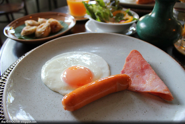 The Asadang - Egg, Sausage and Ham