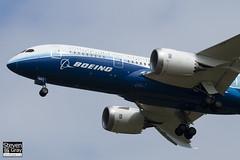 N787BX - 40692 - Boeing - Boeing 787-8 Dreamliner - Luton - 120424 - Steven Gray - IMG_1417