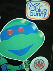 Blue Bunny :: Teenage Mutant Ninja Turtle 'Face' Bars - vendor sticker vii (( 1994 ))