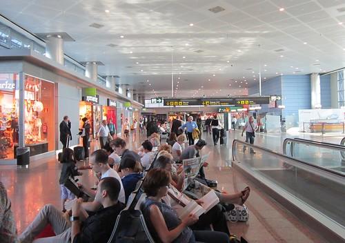 マドリード空港 2012年5月31日1911 by Poran111