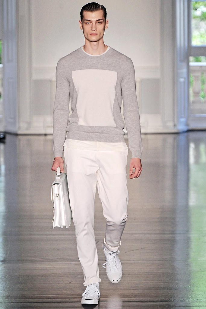 SS13 London Richard Nicoll004_Branko Maselj(VOGUE)