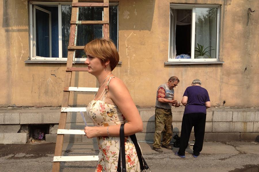Женщина и лестница