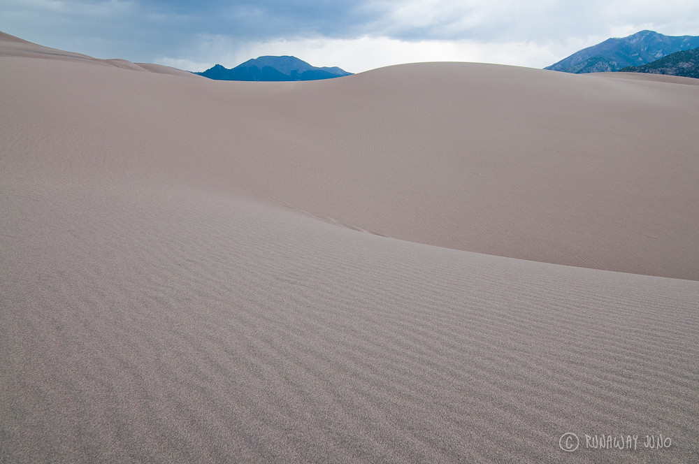 Wave of sand on the great sand dunes