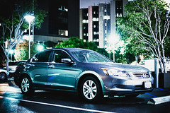 automobile(1.0), automotive exterior(1.0), executive car(1.0), wheel(1.0), vehicle(1.0), mid-size car(1.0), honda(1.0), sedan(1.0), land vehicle(1.0), honda accord(1.0),