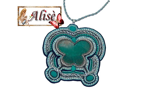 Mariposa Soutache by Alisè