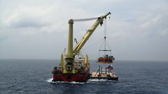 crane vessel (floating), vehicle, dredging, watercraft, tugboat,