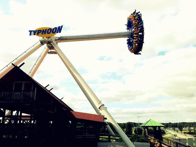 TYPHOOOON
