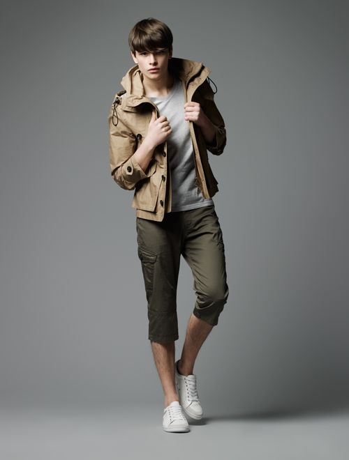 Hugh Vidler0013_Burberry Black Label SS12