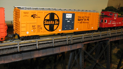 A 1960's era 54' mechanical refrigerator car from the Atchinson, Topeka & Santa Fe Railroad. by Eddie from Chicago